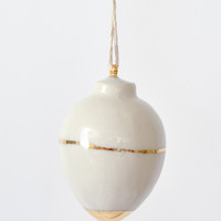 Gold Heirloom Holiday Ornament - Round