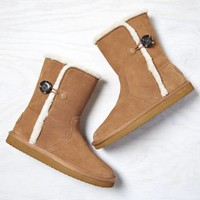 AEO COZY ONE-BUTTON SUEDE BOOT