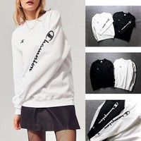 Unisex Champion Winter Round-neck Pullover Sweatershirt [11529797324]