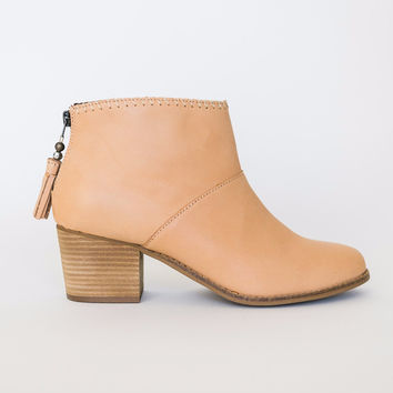 Toms Tan Leather Boot