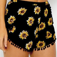 Sunflower Print Beach Shorts B005476