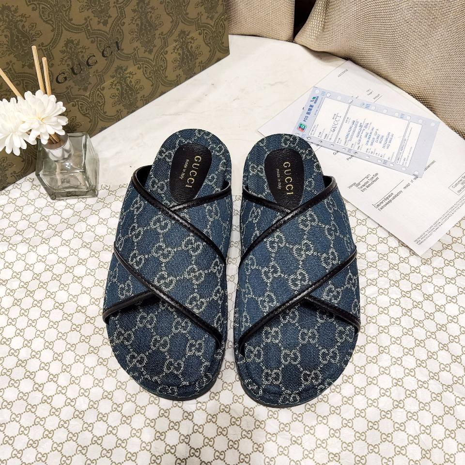 Image of GUCCI The latest thick soled slippers
