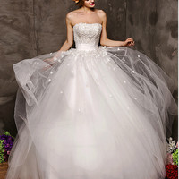 Two Way Wearing Strapless Chantilly Lace Silky Ball Gown