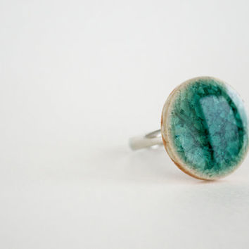 Teal Round Crakled Porcelain Ring
