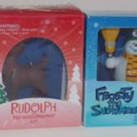 Lot 4 Peanuts Charlie Brown Christmas Tree Snow Globe Frosty Rudolph Figurines
