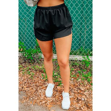 Running Out Shorts: Black/White