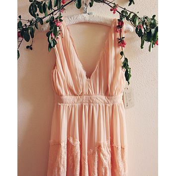 Grecian Lace Dress in Pink