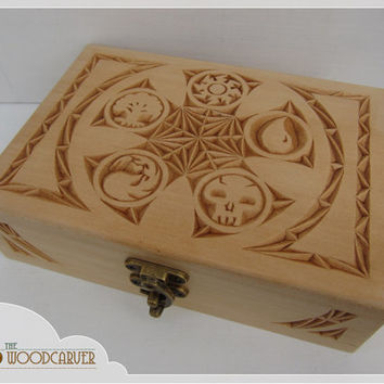 Hand carved MTG card box - for Magic the Gathering Commander deck, holds 100+ cards in sleeves - a unique gift for any EDH Magic player