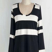 Mid-length Long Sleeve Striped Simplicity Top in Black