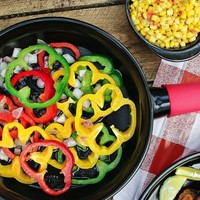 Xtrema 10'' 100% Ceramic Skillet with Cover and Silicone Pot Holder