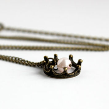 Small Antique Gold Crown & Faux Pale Pink Pearl Pendant Necklace - Simple Beaded Jewelry - Vintage Style Royalty Pendant - Ready to Ship