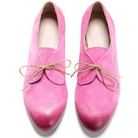 Oxford, Pink shoes. almond shape, oxford-style, leather shoes. 2 holes for a cute lace.