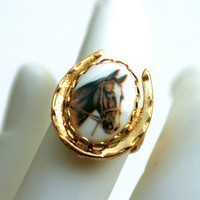 Horse Ring Adjustable Gold Tone Horseshoe Oval Brown Horse Head Portrait