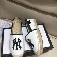 Gucci New Fashion Sandals Plaid Canvas Single Shoe White/Black