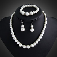2015 fashion Classic Imitation Pearl Gold Plated Clear Crystal Top Elegant Party Gift Fashion Costume Pearl Jewelry Sets