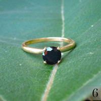 Black Spinel Gold Ring, Black Diamond Alternative, Engagment Ring, 6mm (1 ct) Black Spinel, 14k Gold Ring with Black Spinel Gemstone