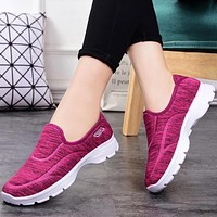 New style fashion cloth shoes soft sole walking leisure sports shoes non-slip soft sole super comfortable shoes rose purple