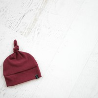 Knotted Hat in Wine