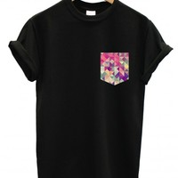 Geometric print pocket t shirt