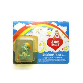 """Bedtime Bear Figurine MOC Mint on Card Vintage Care Bears PVC """"Napping with a Night Cap"""""""