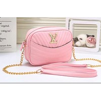 """LV""Louis Vuitton Fashionable Wild Messenger Strap Shoulder Chain Bag Small Square Bag Camera Bag Pink"