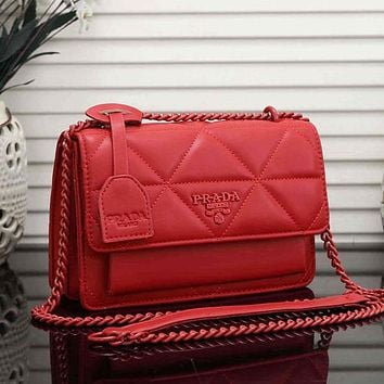 PRADA sewing thread solid color chain shoulder bag ladies shopping messenger bag Red