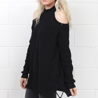 Cold Shoulder Lace Up Sides Tunic Sweater {Black} - Size LARGE