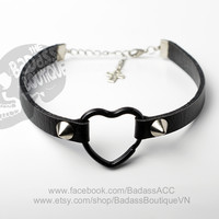 Black faux vegan leather adjustable black heart ring straps 6 mm (0.2 in) stainless steel spikes studs - sexy rock punk lolita cosplay goth