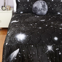 ModCloth Cosmic Spaced Out Quilt in Queen