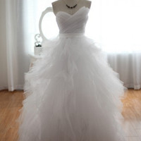 Tulle Organza Wedding Dress Prom Ball Gown Dress Strapless Ruffles Princess Dress