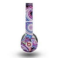 The Vibrant Purple Paisley V5 Skin for the Beats by Dre Original Solo-Solo HD Headphones