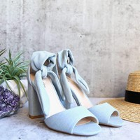 ankle tie wrap chunky heel - light blue denim