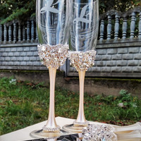 Gold Wedding glasses and Cake Server Set Wedding Cake Knife ivory and silver or gold, Toasting flutes Champagne glasses gold, set of 4