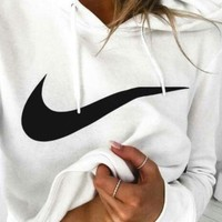 NIKE White Cotton Round Neck Long-Sleeved Top Sweater Hoodie