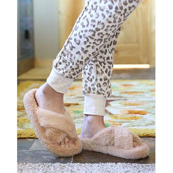 Faux Fur Fuzzy Criss Cross Open Toe Slippers in Natural