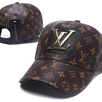 LV Louis Vuitton handmade leather caps men and women outdoor sports sunshade hat baseball cap