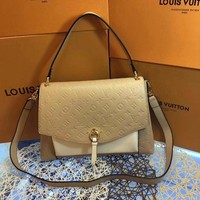 HCXX L009 Louis Vuitton LV Eppritene Handbag 32-24-10cm Yellow White