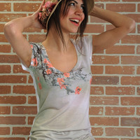 Pale pink spring flowers new design women tee shirt