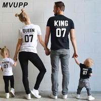 Cool family matching clothes king queen prince princess t shirt father mother daughter son look daddy mommy and me baby girl outfitsAT_93_12