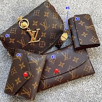 LV Louis vuitton sells a five-piece set of printed letter make-up bags for ladies, button purses, small keys, printed bracelets
