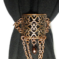 CLEARANCE-50% OFF-Scarf Clip with Teardrop and Chains in Antique Copper