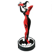 Batman: The Animated Series Femme Fatales Harley Quinn Statue |