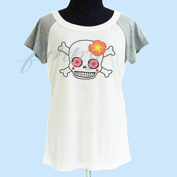 Skull t shirt wide neck thin t shirt** off white grey women t shirt size S M L **quote shirt **cute tshirts