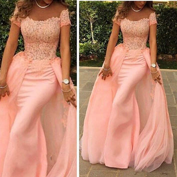 Scoop Neck Shortsleeve Vintage Lace Coral Mermaid Prom Dresses Long Sweep Train Evening Gowns With Detachable Train