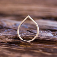 Teardrop ring - Sterling silver stackable ring