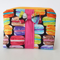 Macaron Makeup Bag / Cosmetics Pouch / Macarons / Makeup Clutch / Zipper Make Up Bag / Hot Pink / Macaroon / Bow Clutch / Colorful Bag