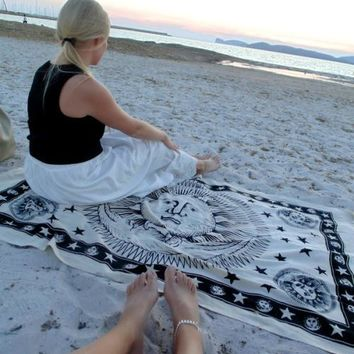 Psychedelic Celestial Indian Sun Wall Hanging Throw Bohemian  Mandala Hippie Tapestry
