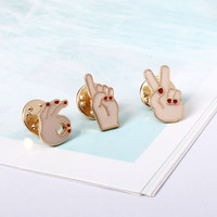 1 Pcs. Cartoon Metal Victory OK Finger Brooches Cute Enamel Pins