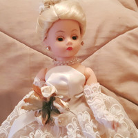 Gorgeous Madame Alexander White Iris Blonde Bride Doll With a White Ivory Lace Wedding Dress and Stand
