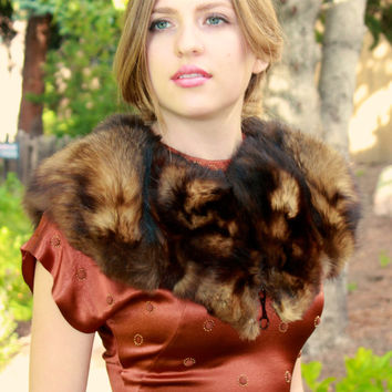 1940s 50s Fur Stole, Fur Capelet,  Fox Mink Shrug,  Vintage Fur Shawl, 50s Retro Clothing, Old Hollywood Glam clothes, One Size Fits All